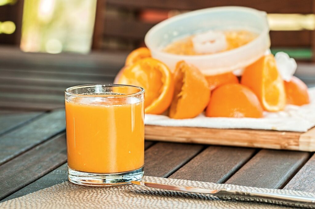Orang juice Rehydrate Your Body